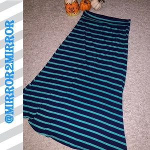 😄Mossimo Women's Maxi Skirt